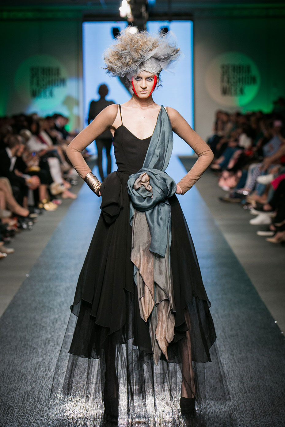 5.-dan-Serbia-Fashion-Week-a-3